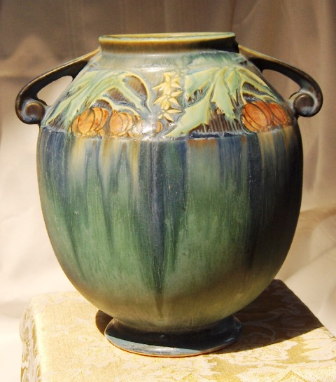 Roseville Pottery In The 1930 S An Important And Transitional Decade Billy Blue Eye Pottery